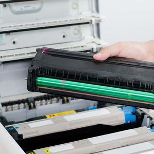 レーザー方式コピー機・複合機のシェア