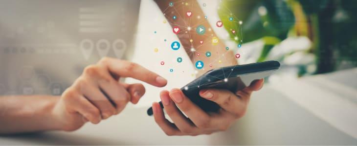 コピー機・複合機とスマートフォンの連携方法とは?連携時の注意点や便利機能の活用方法を解説